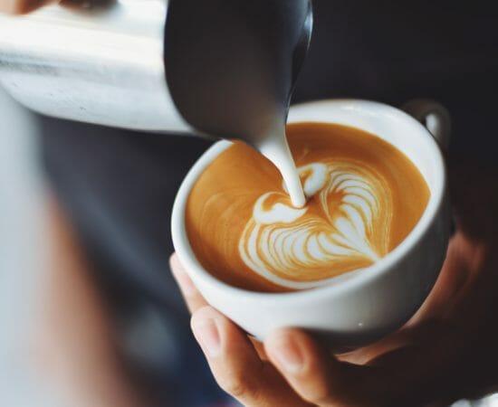 becher-cappuccino-fokus-302896